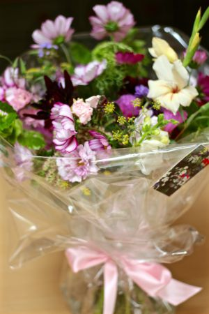 Local, seasonal flowers for delivery in Birmingham April-September.