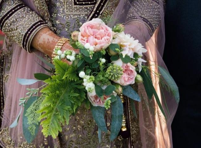 Natural wedding flowers. Worcestershire, Warwickshire, Birmingham, West Midlands