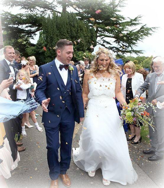 Wild Flowers For Weddings: Wild Style Wedding Flowers