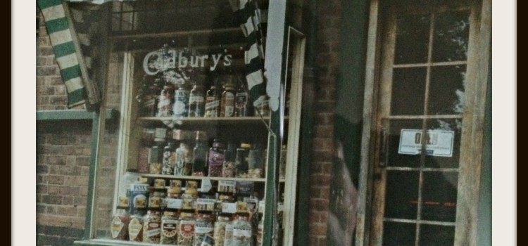 Tuckshop Flowers is located on the edge of Bournville, Birmingham B30 in an old Tuckshop.