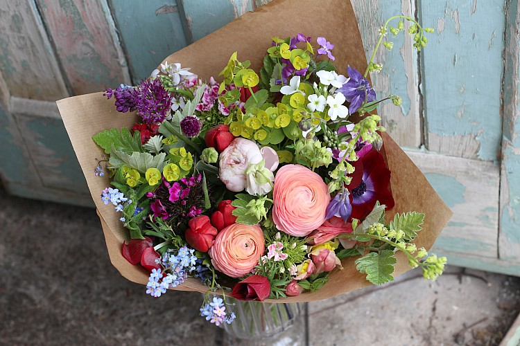 Fresh British grown flowers for delivery in Selly Oak, Kings Norton, West Heath, Northfield, Selly Wick, Bournville, Cotteridge, Stirchley.